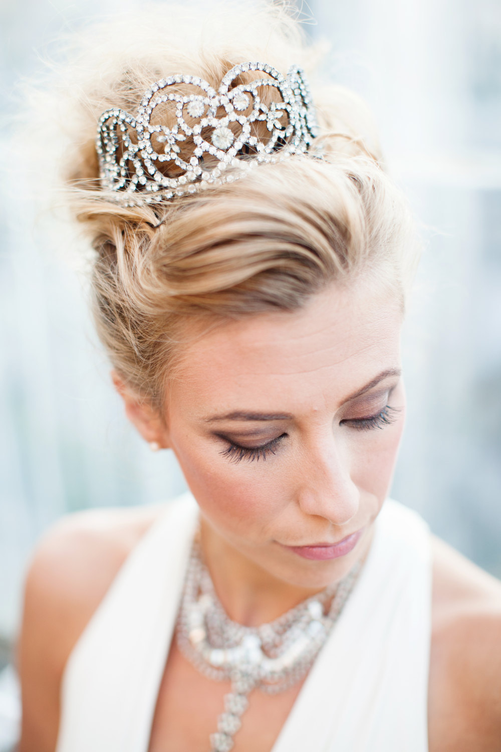 Rhinestone-tiara-for-fairytale-brides.full
