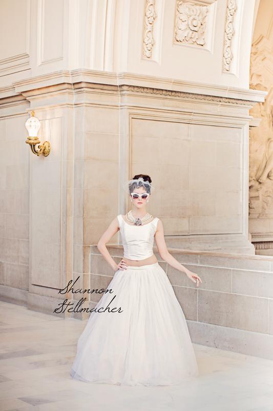 Breakfast-at-tiffanys-bridal-style-wedding-inspiration-7.full
