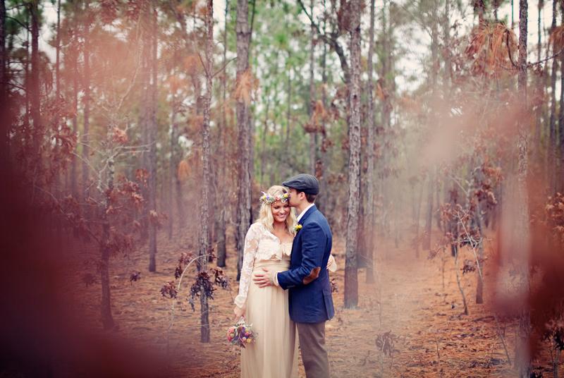 Outdoor-bohemian-wedding-bride-groom-couple-photo.full