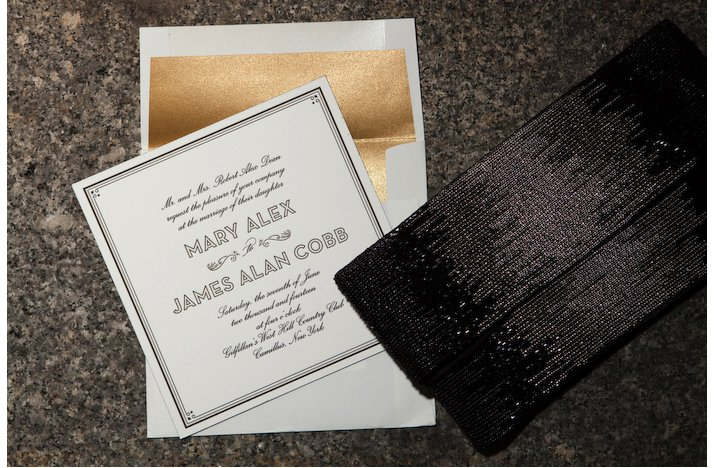 2012-wedding-trends-sparkle-metallics-gold.full