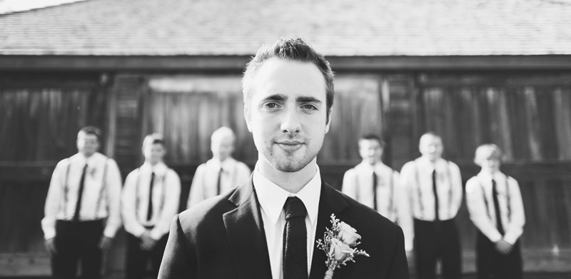 Rustic-barn-wedding-il-photographers-the-guys.full