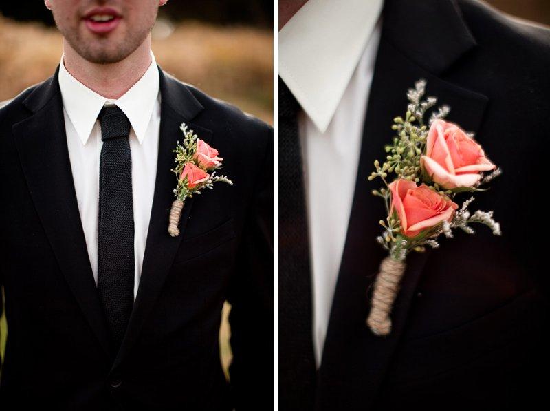 Rustic-barn-wedding-il-photographers-groom-attire-boutonniere.full