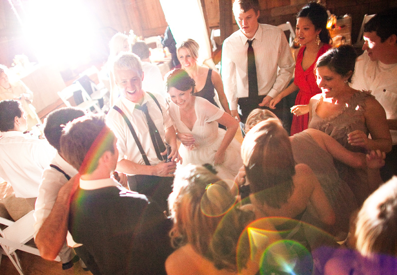 rustic barn wedding IL photographers first dance