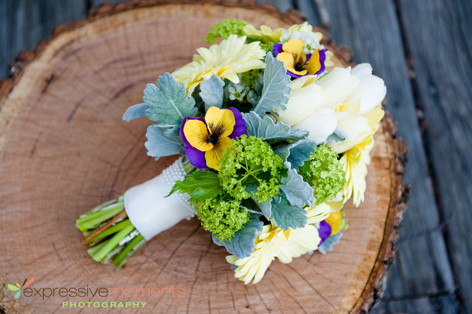 Beautiful-bright-wedding-bouquet-with-pansies.full