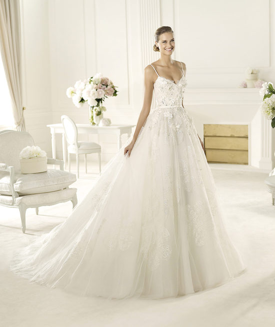 Dione wedding dress by Elie Saab for Pronovias
