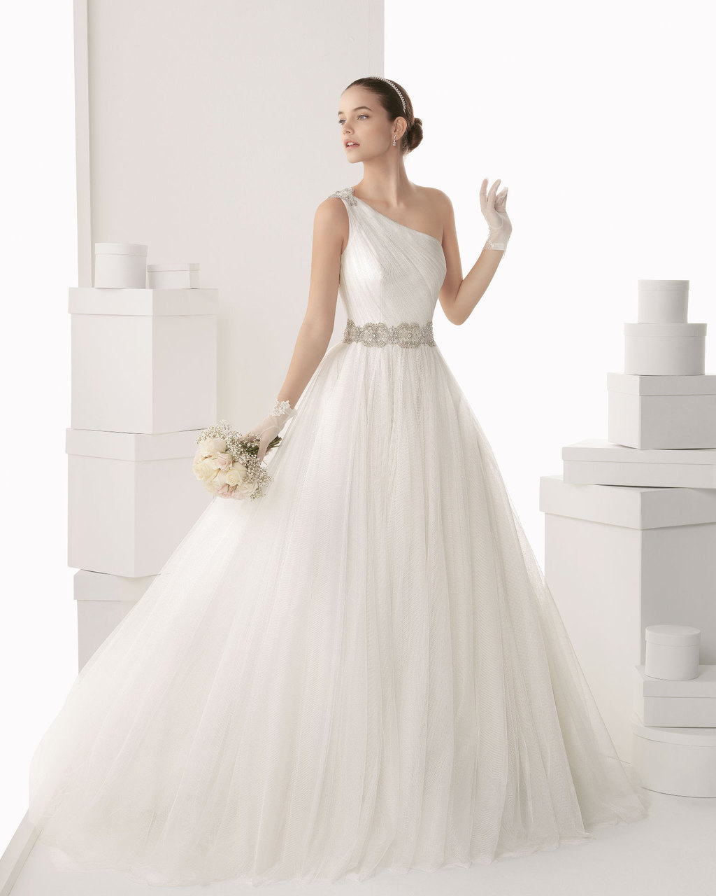 Rosa-clara-wedding-dress-2014-bridal-camellia.full