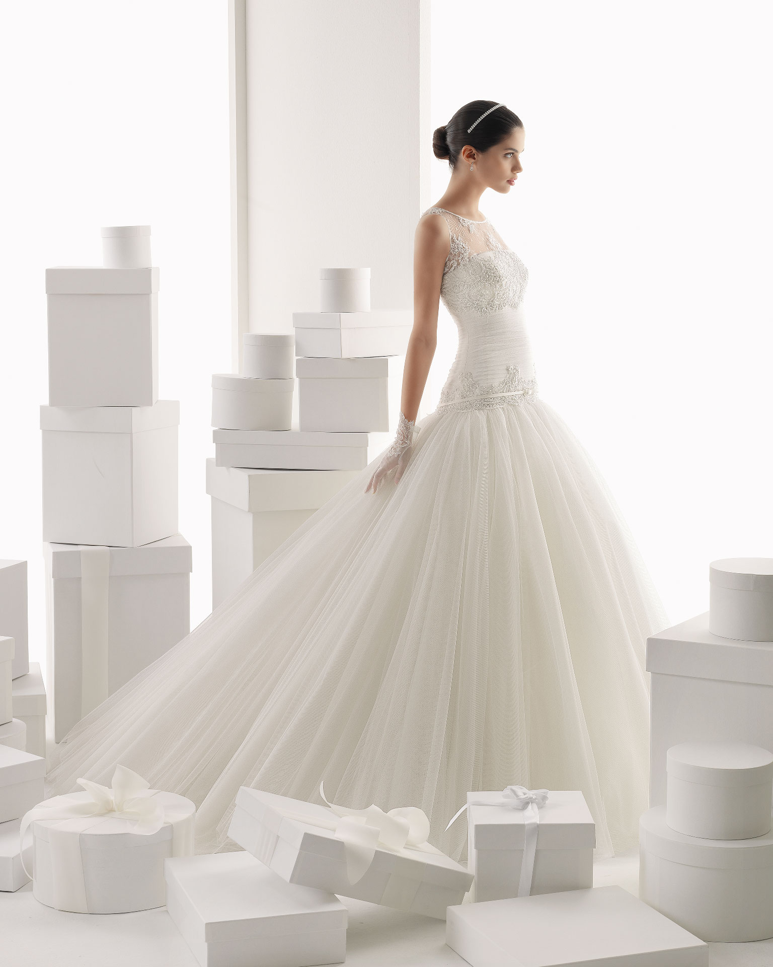 Rosa clara wedding dress 2014 bridal camila for Wedding dress rosa clara
