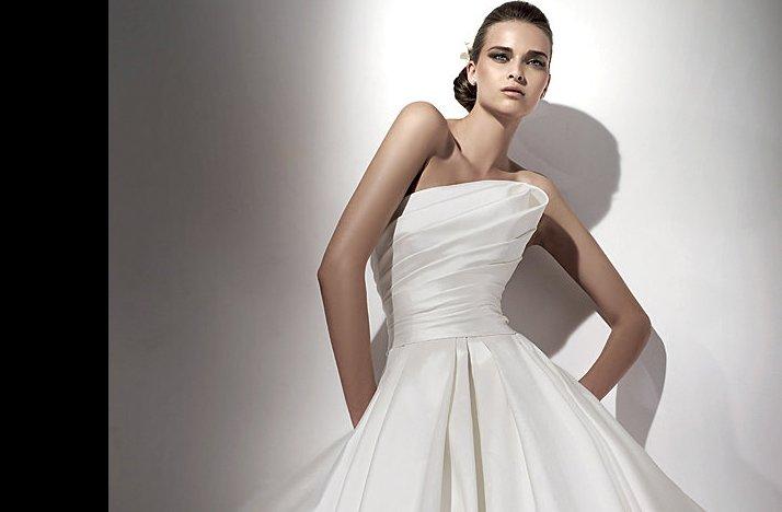 Euterpe wedding dress 2012 bridal gowns elie saab for Elie saab 2012 wedding dresses