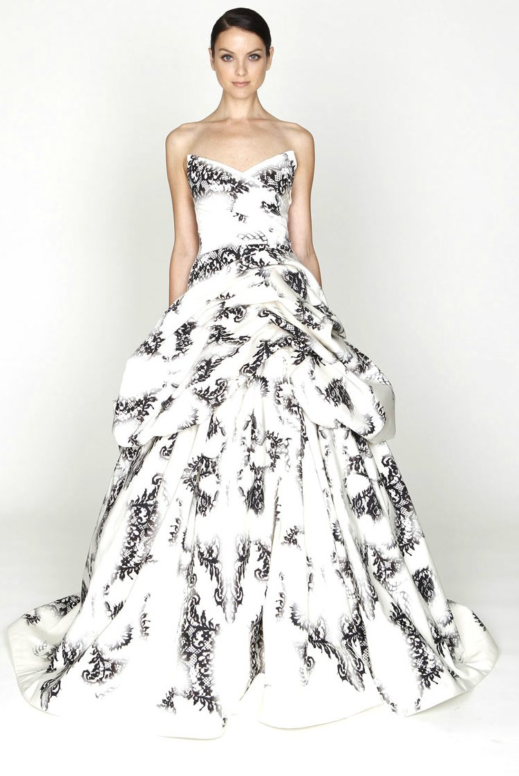 Monique-lhuillier-2012-wedding-dress-ideas.full