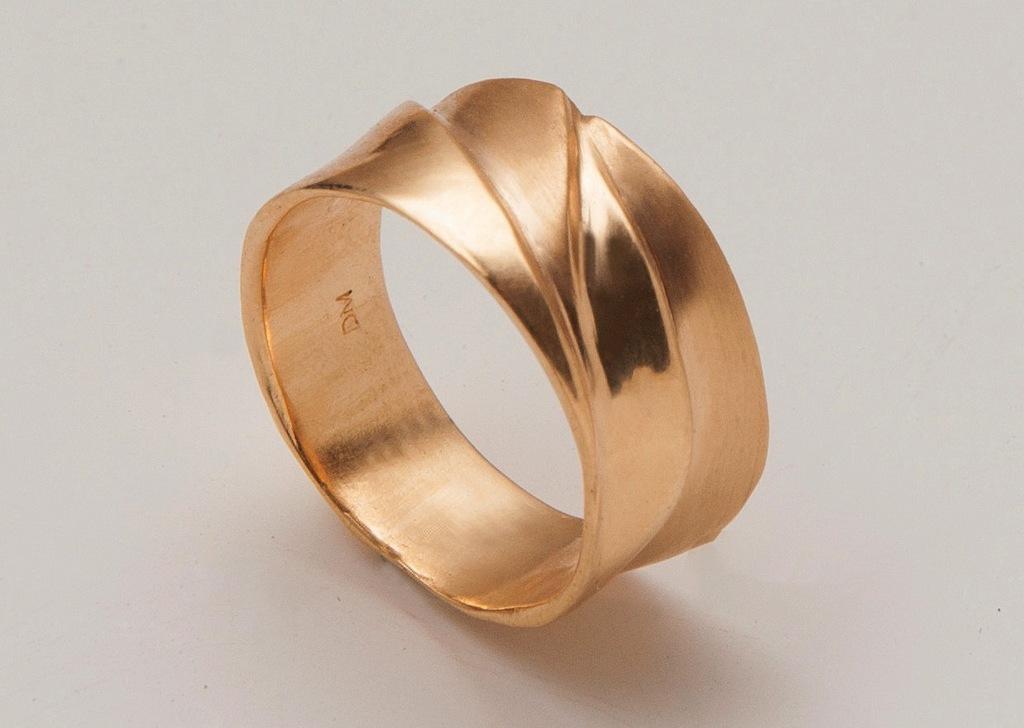 Gold-waves-wedding-band-handmade.full