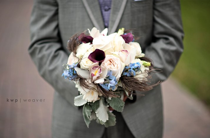 Wedding-photography-must-have-photos-groom-holds-brides-bouquet.full