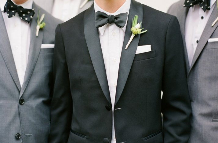 Wedding-photography-must-have-photos-groom-groomsmen.full