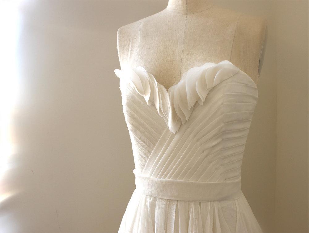 Handmade-wedding-dresses-etsy-bridal-gown-julietta.full
