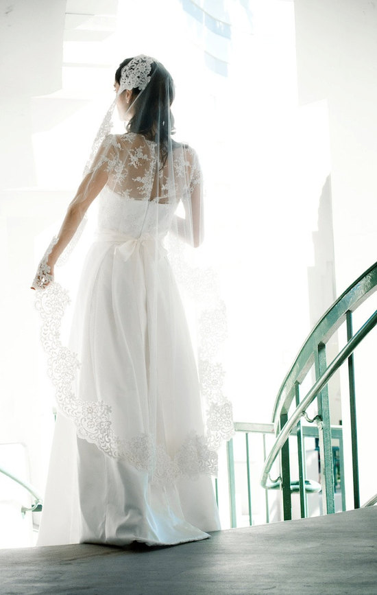 Marisol Aparico wedding dresses and veils on Etsy 4