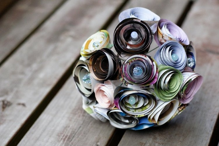 Recycled-wedding-ideas-unique-bridal-bouquet.full