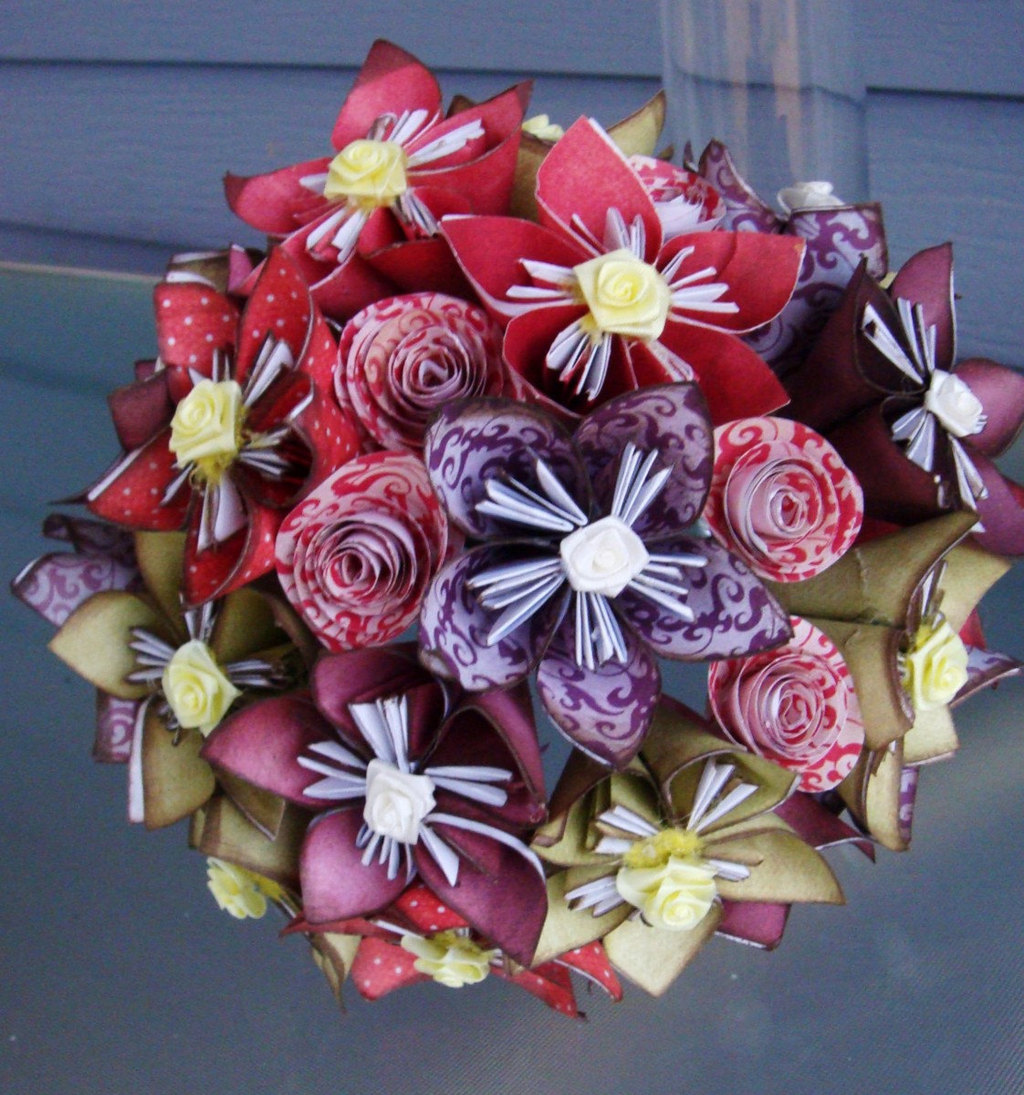 Origami Wedding Flowers: Origami Handheld Bridal Bouquet Eco Friendly Wedding Ideas