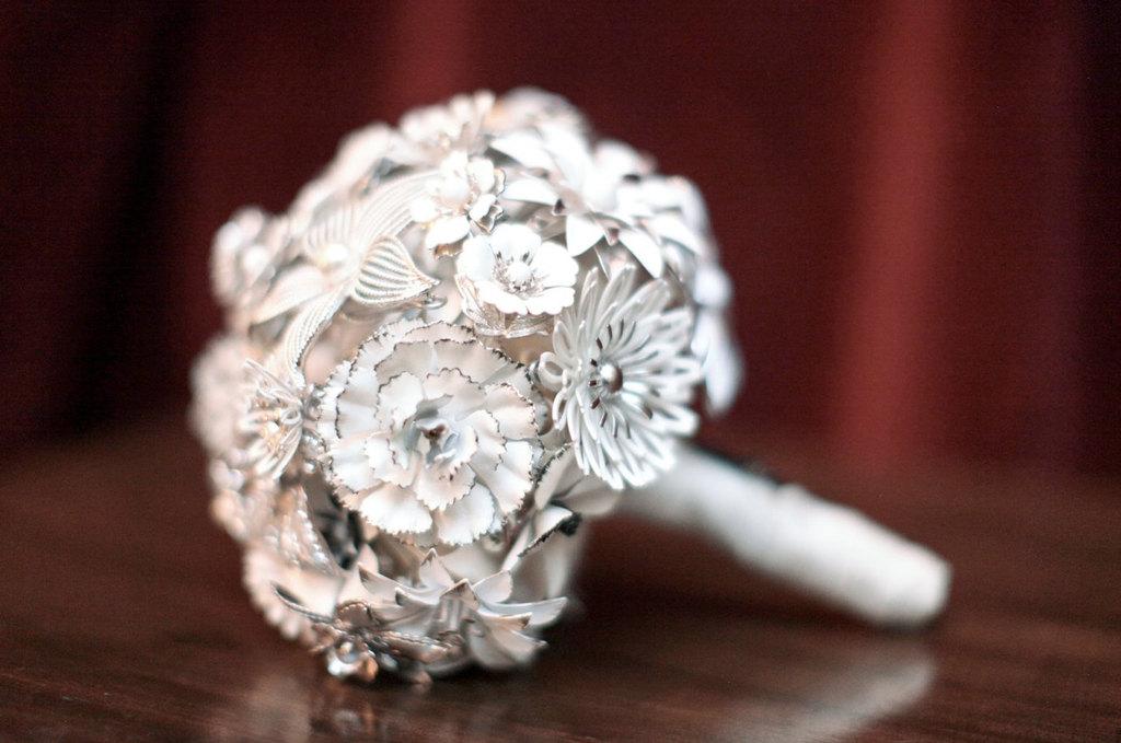 White Bridal Bouquet Brooches Unique Wedding Flowers Eco Friendly
