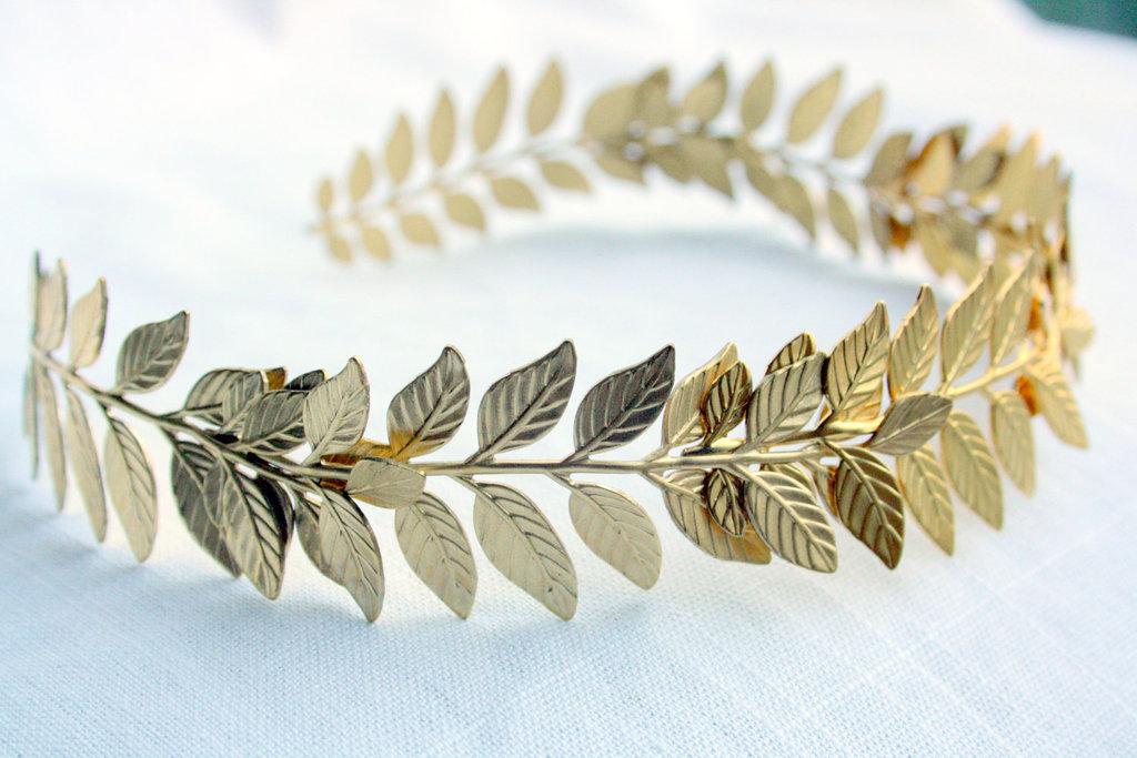 Grecian-leaf-wedding-headpiece-gold.full