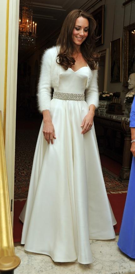 Kate_middleton_reception_dress.full