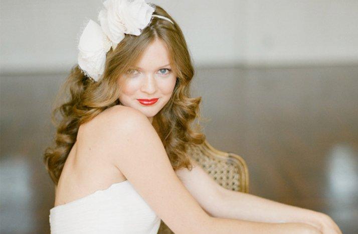 Loose-waves-wedding-hair-red-lips.full