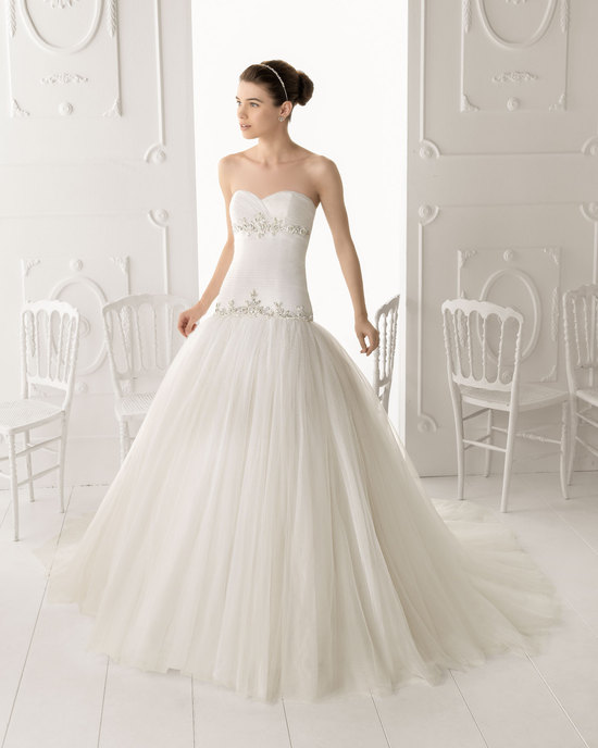 Aire Barcelona wedding dress 2014 Bridal Obice