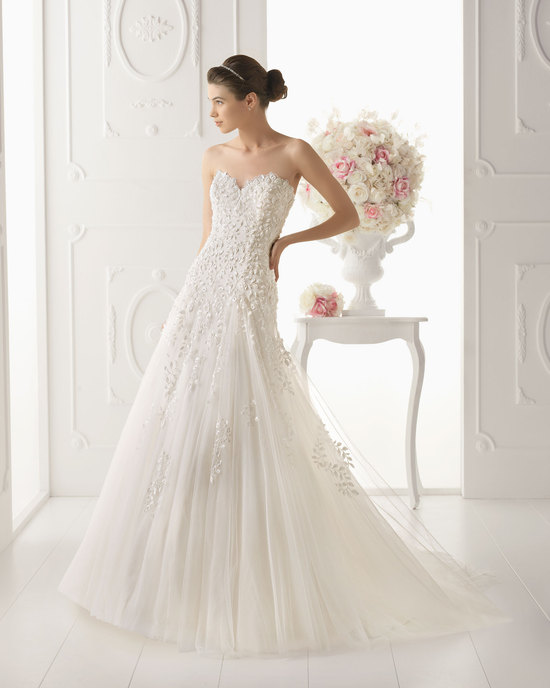 Aire Barcelona wedding dress 2014 Bridal Odisea