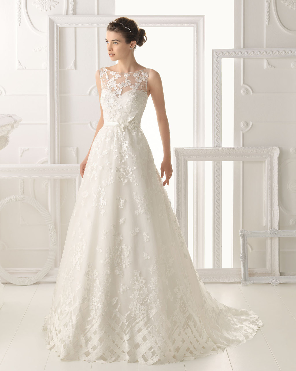 Aire Barcelona wedding dress 2014 Bridal Oeste