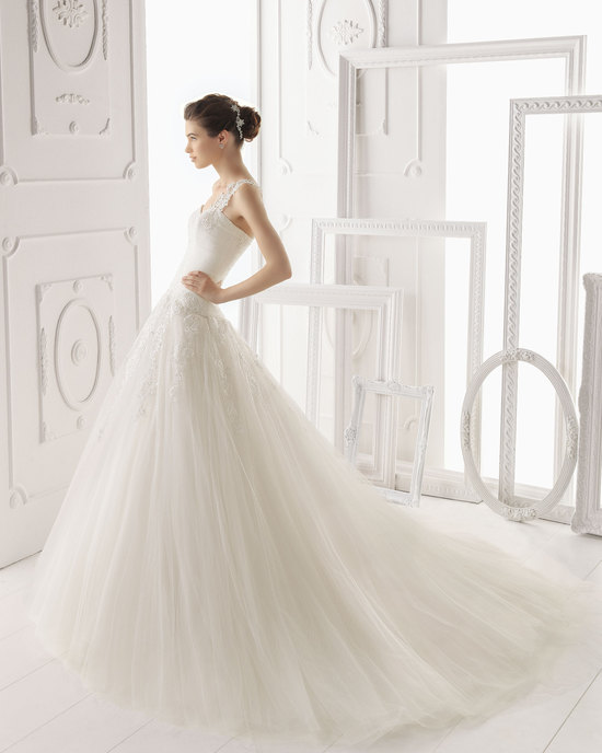 Aire Barcelona wedding dress 2014 Bridal Olmo