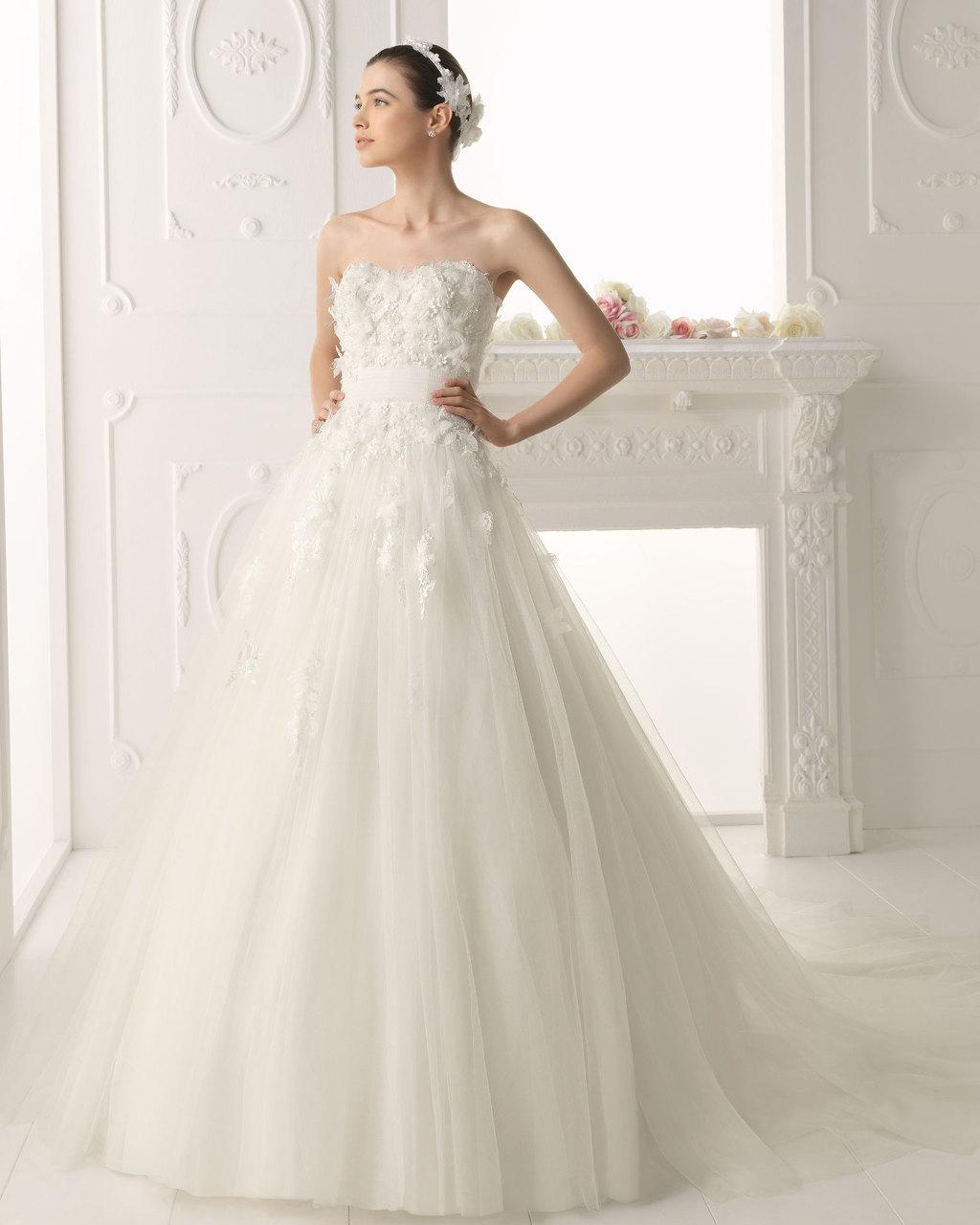 Aire-barcelona-wedding-dress-2014-bridal-olvedo.full