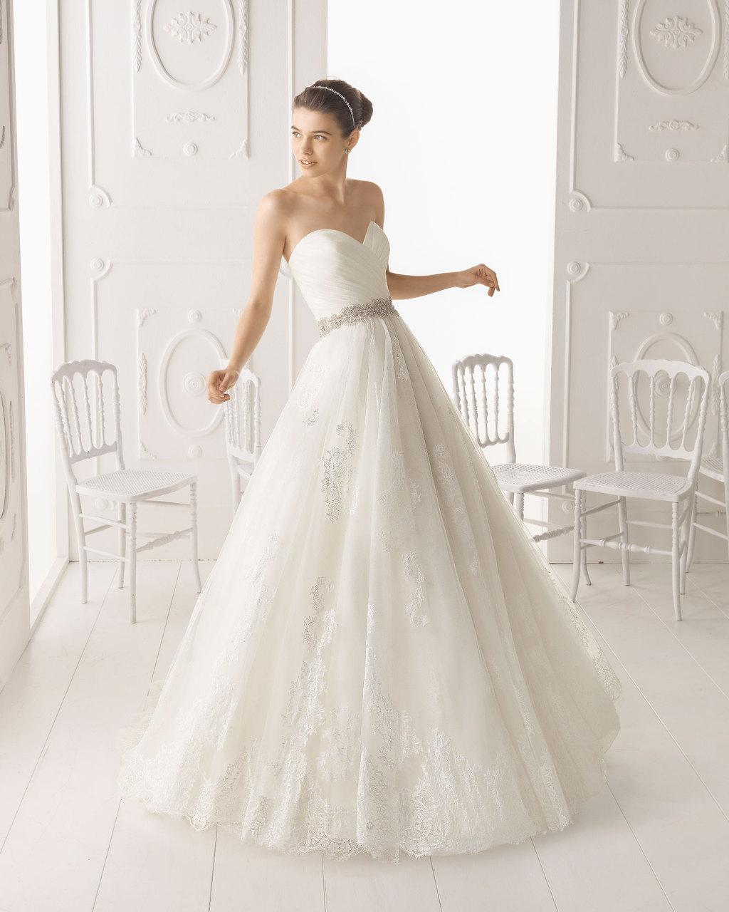 Aire-barcelona-wedding-dress-2014-bridal-omega.full