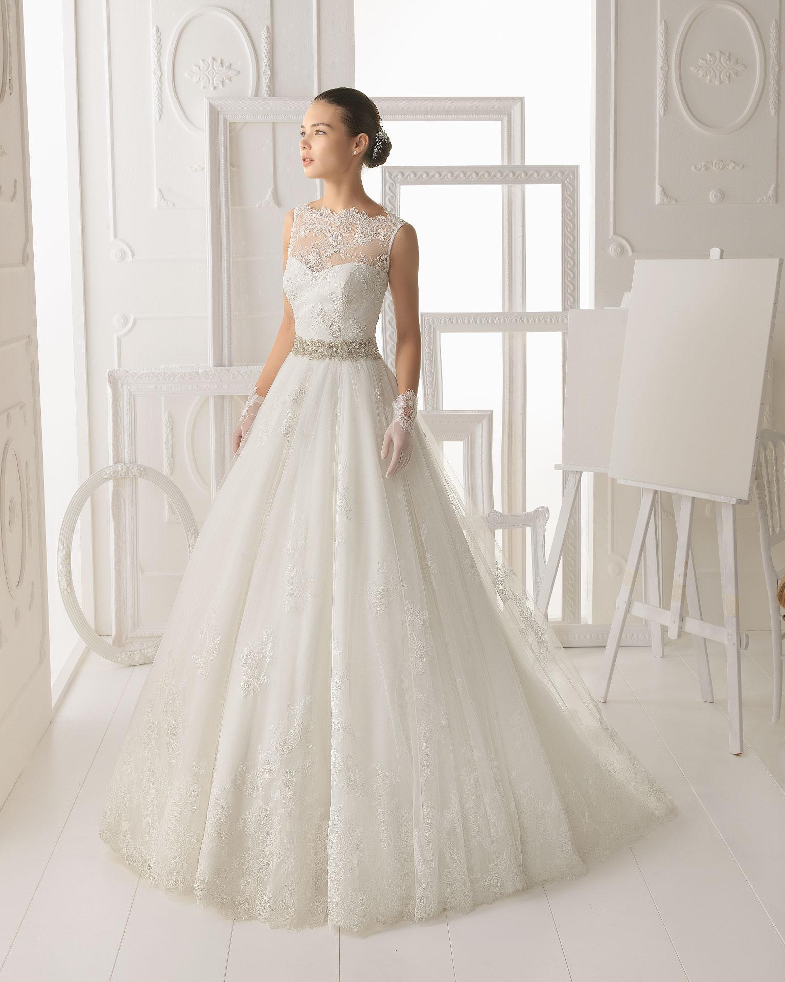 Aire barcelona wedding dress 2014 bridal omero for Wedding dresses in barcelona spain