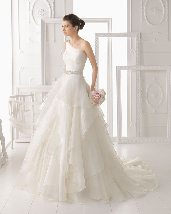 Aire Barcelona wedding dress 2014 Bridal Optimo