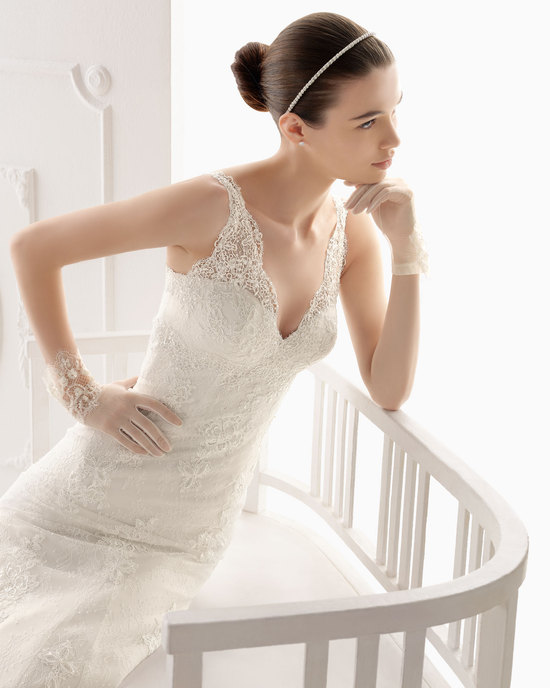 Aire Barcelona wedding dress 2014 Bridal Otelo