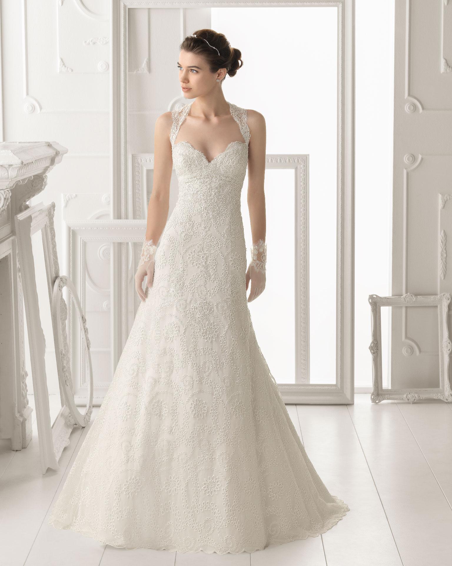 Aire barcelona wedding dress 2014 bridal otonal for Wedding dresses in barcelona spain