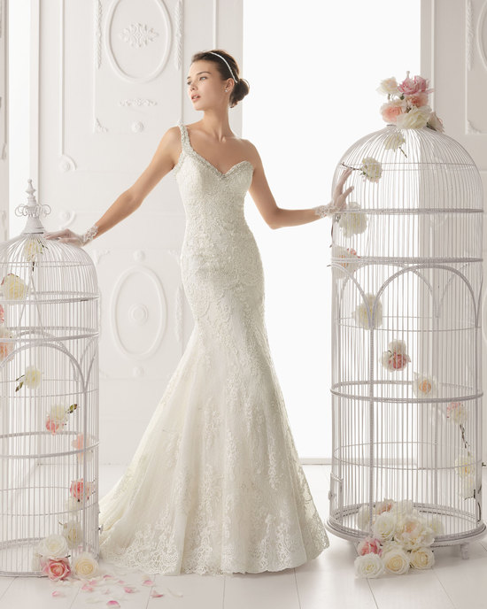 Aire Barcelona wedding dress 2014 Bridal Ovacion
