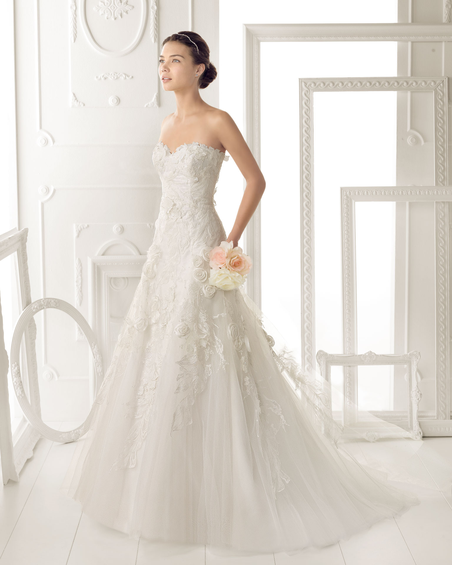 Aire barcelona wedding dress 2014 bridal ozor for Wedding dresses in barcelona spain