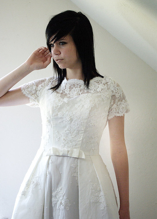 photo of sleeved wedding dresses 2012 bridal gown trends 2