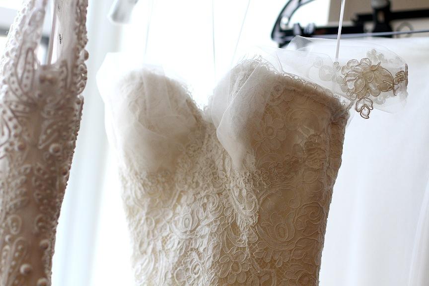 Spring-2013-wedding-dress-oscar-de-la-renta-bridal-gowns-romantic-lace.original.full