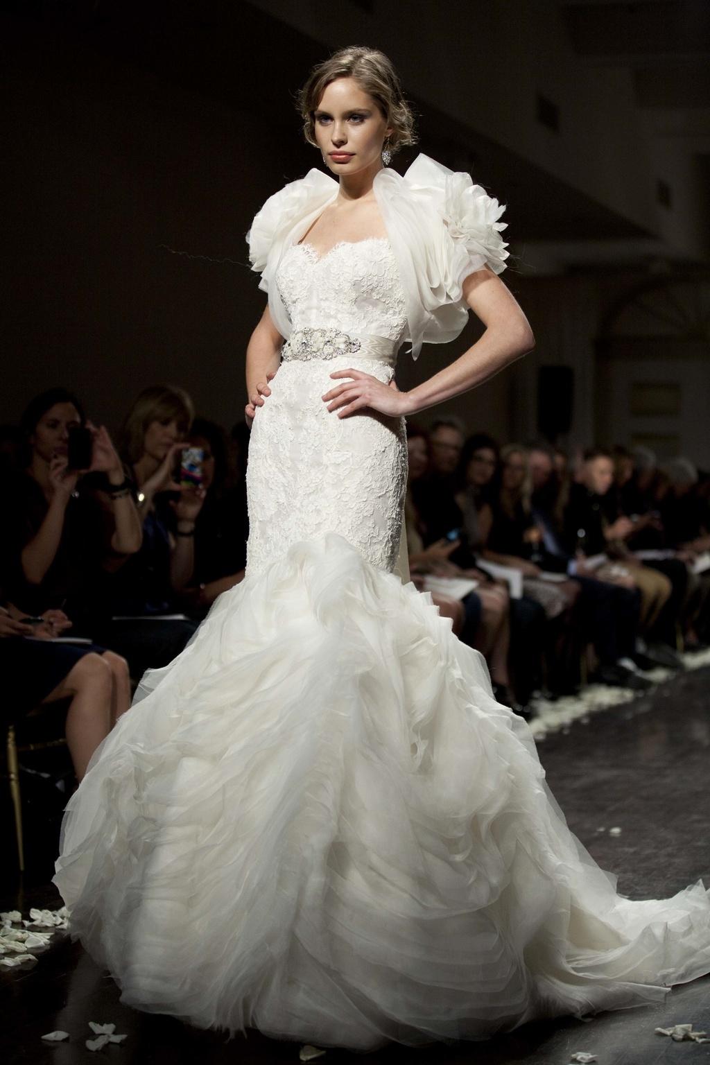 2012-wedding-dress-lazaro-bridal-gown-mermaid-bolero.full