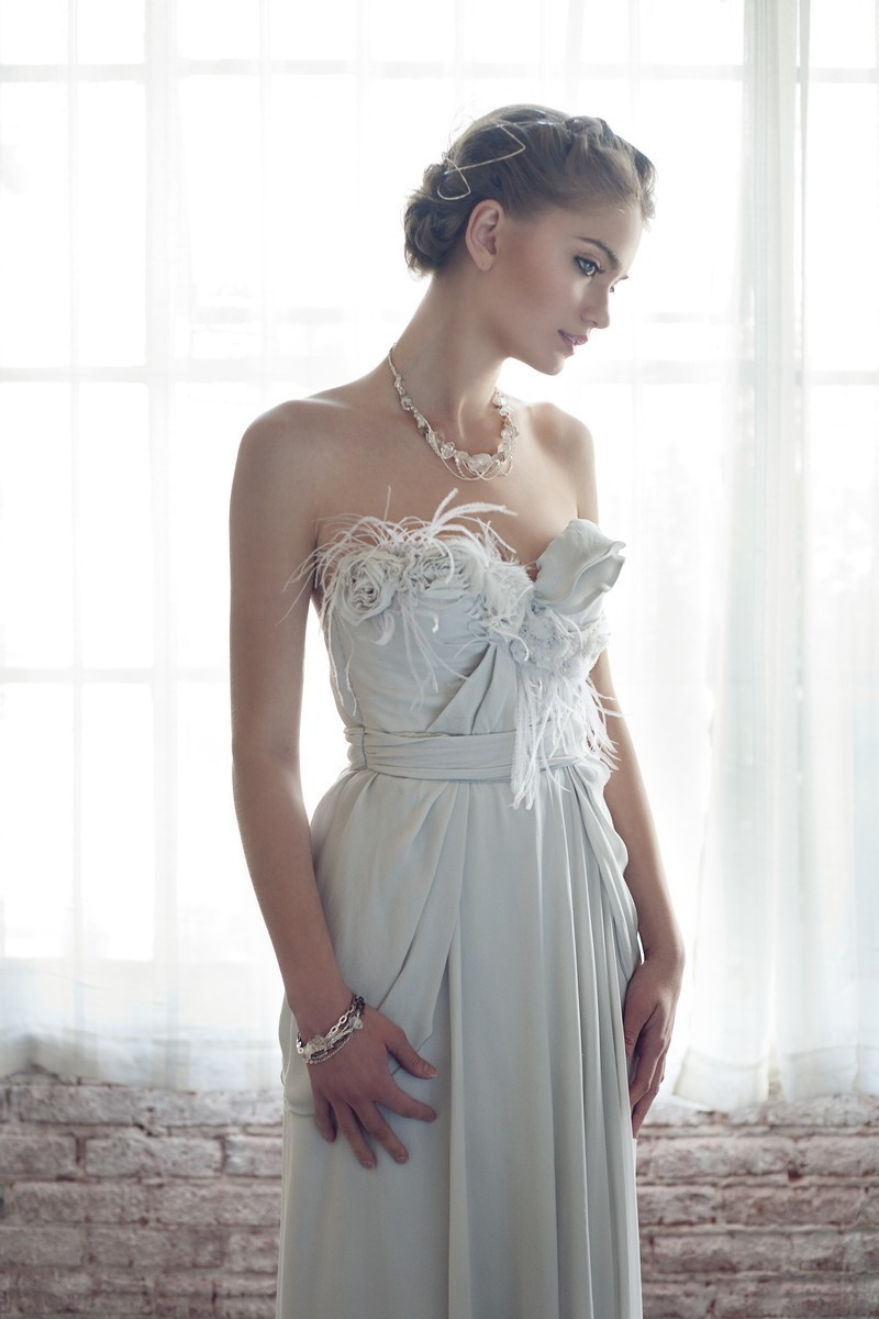 Gray romantic wedding dress with feathers dove gray romantic wedding dress with feathers ombrellifo Choice Image