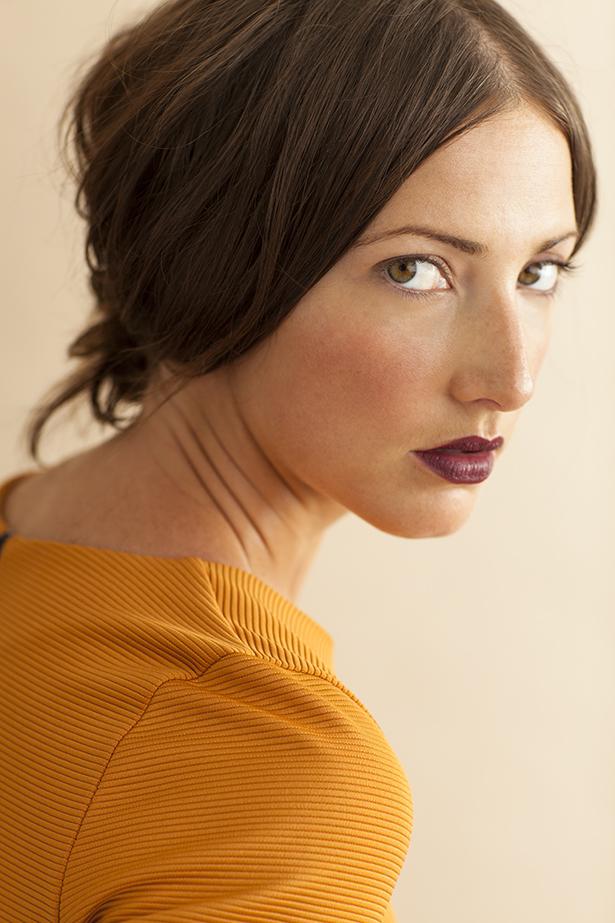 Wedding-makeup-inspiration-deep-berry-lips.full