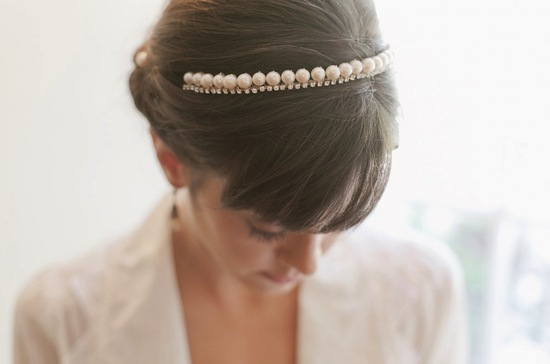 Pearl and rhinestone elegant bridal headband