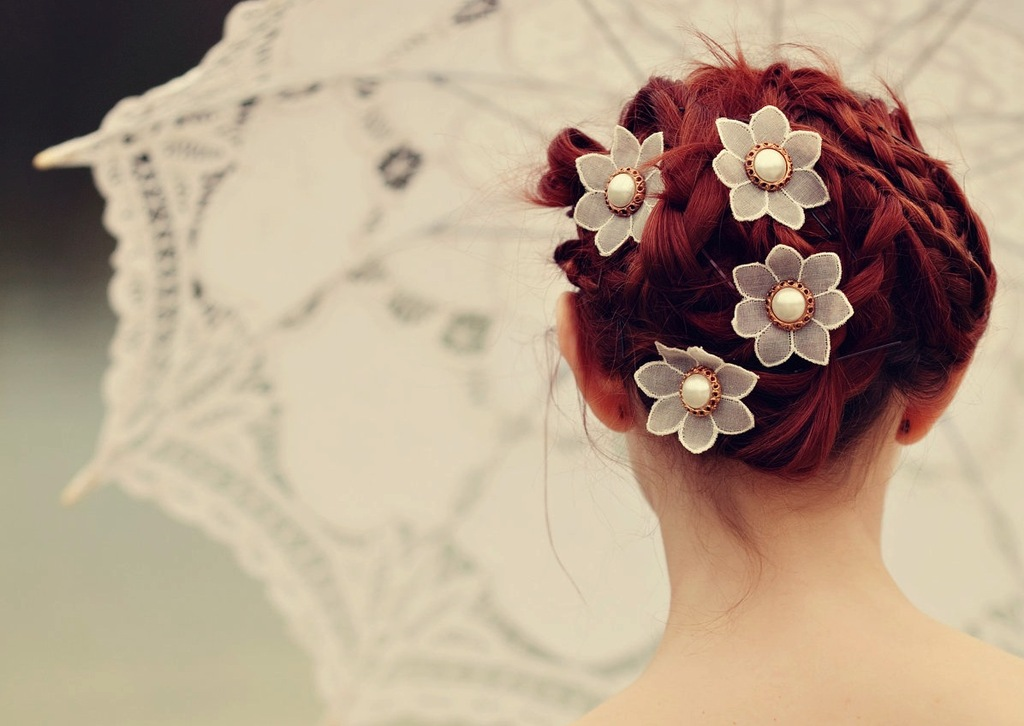 Lace flower wedding hair pins