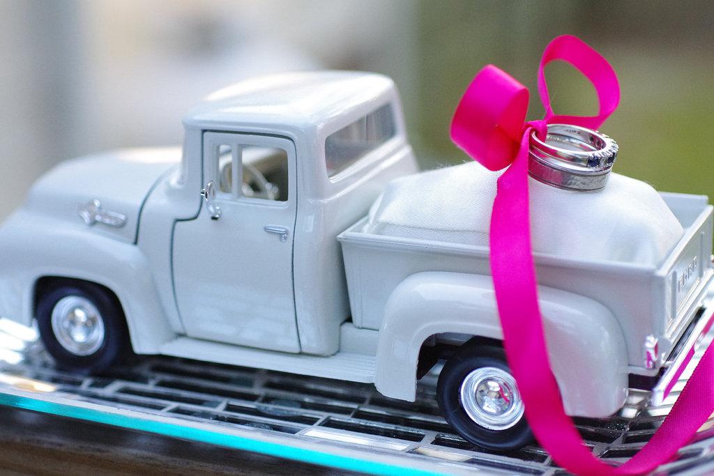 Pickup-truck-wedding-ring-dish.full
