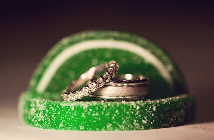 diamond wedding band eengagement ring green candy