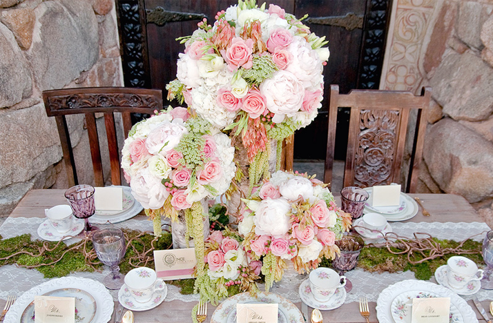 Pink Green Whie Wedding Flowers Outdoor Reception Onewed