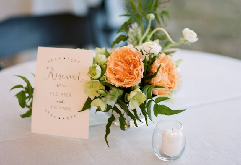Peach-garden-roses-romantic-wedding-centerpiece.full