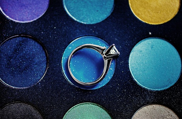 Engagement-ring-wedding-photo-wedding-makeup-bold-colors.full