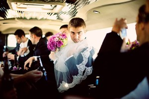 photo of funny wedding photos reasons to stay sober at reception 4