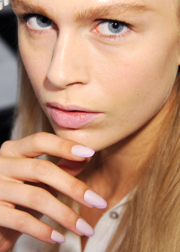Pastel-pink-lilac-bridal-mani-inspired-by-angel-sanchez.full